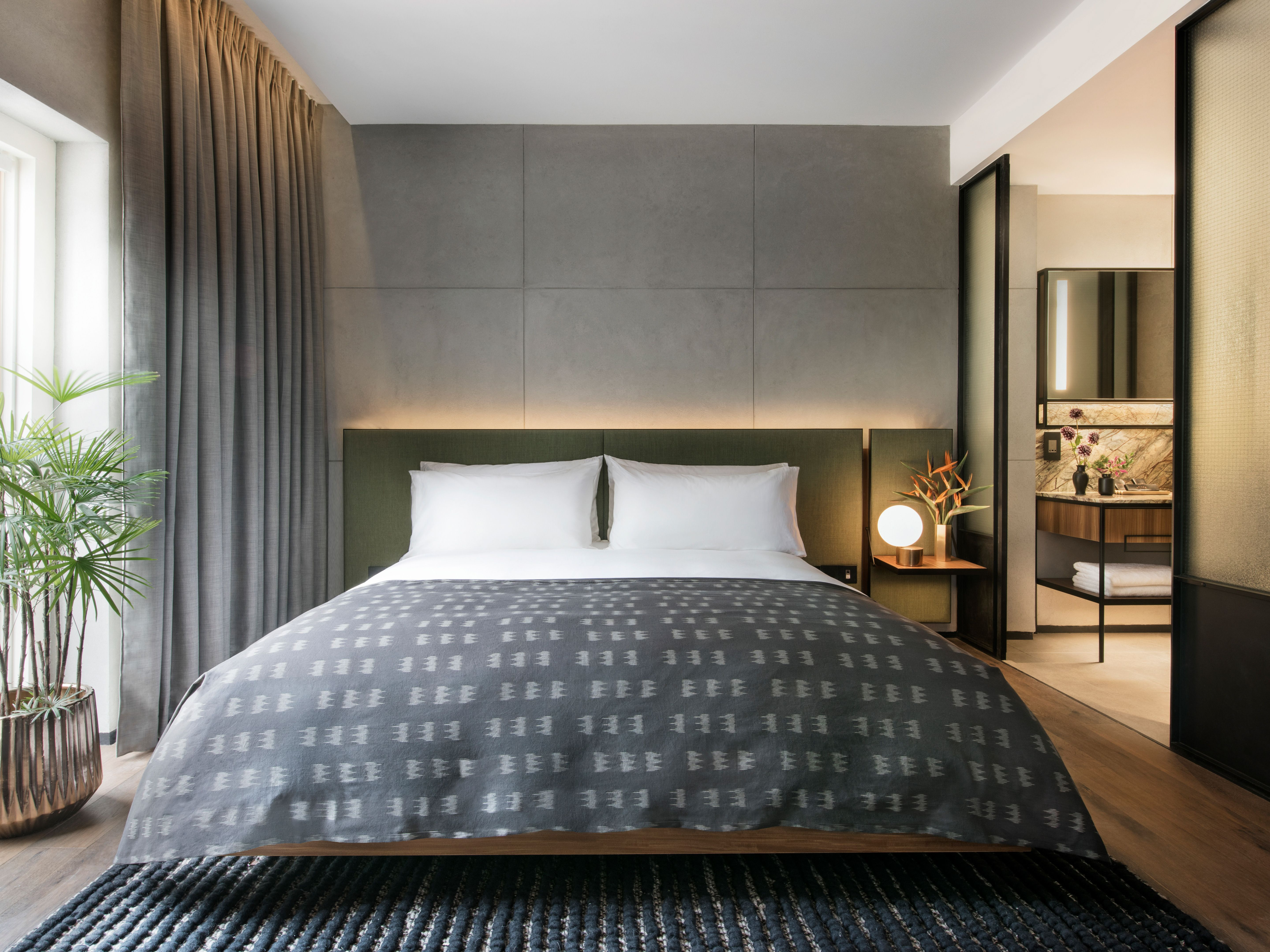 Bedroom Ideas Singapore rooms & suites at the warehouse in singapore - design hotels