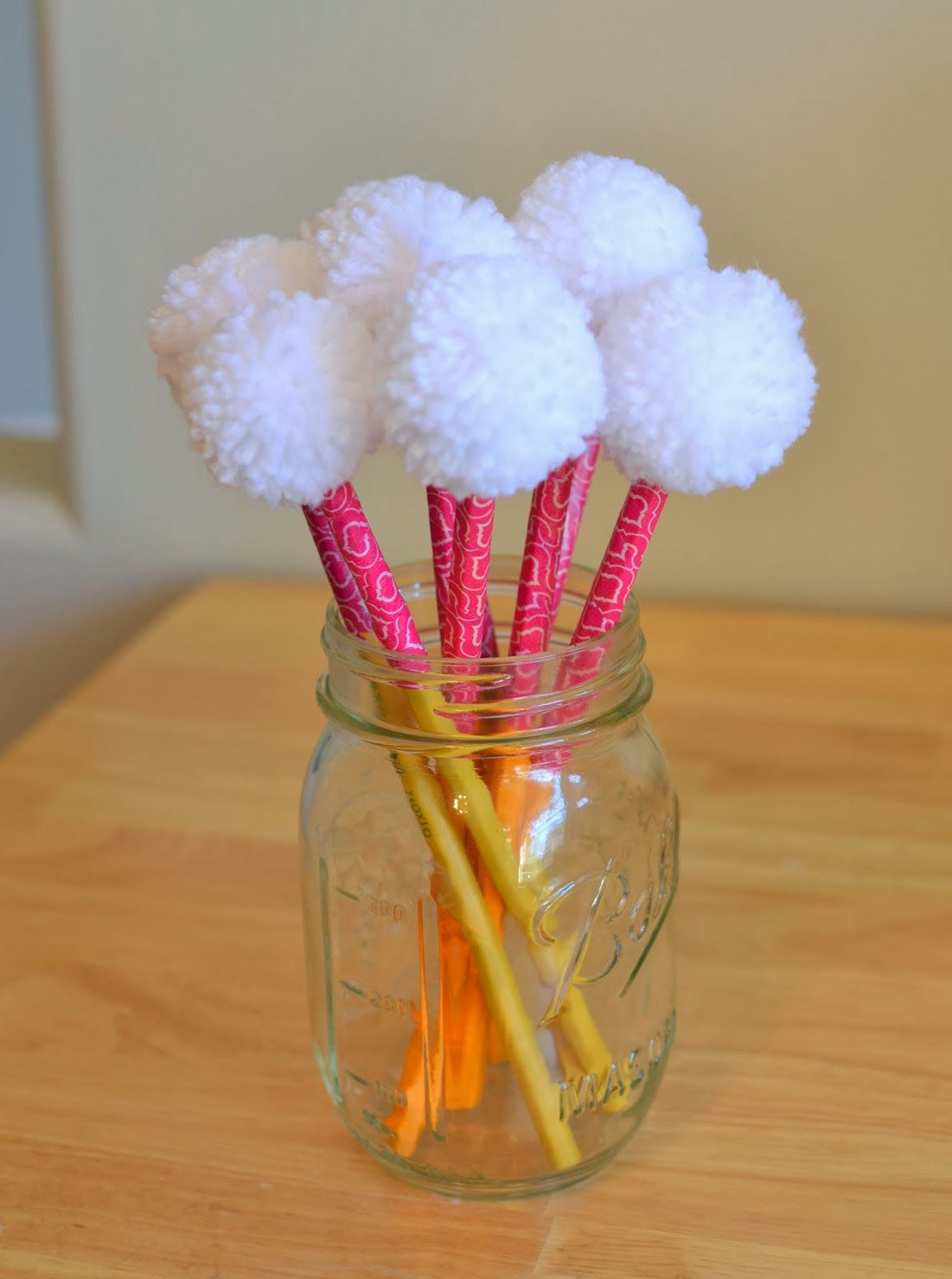 pom pom craft ideas 25 pom pom crafts to make you pom pom pom pom 5231