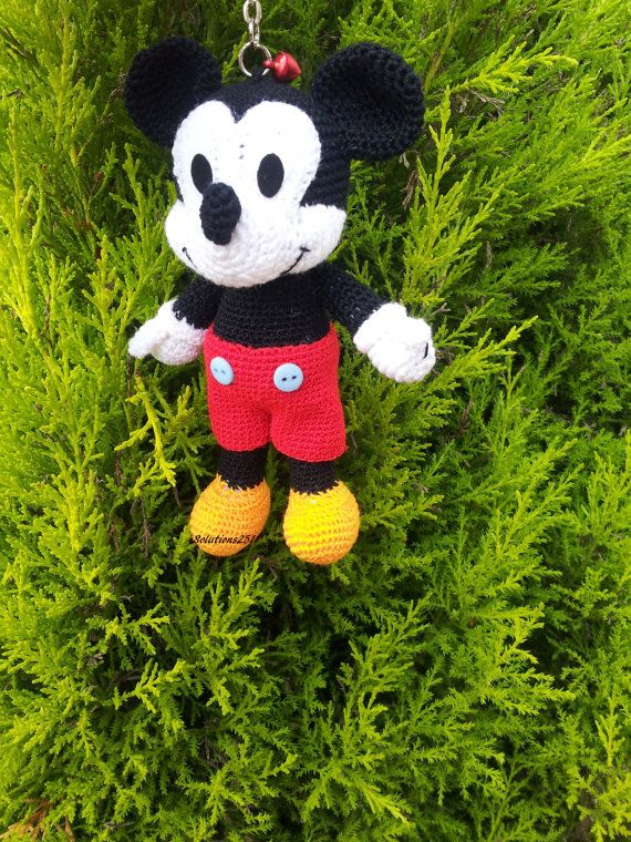 Mickey Mouse crochet Key Chain/ backpack zipper pull. Birthday gift ...