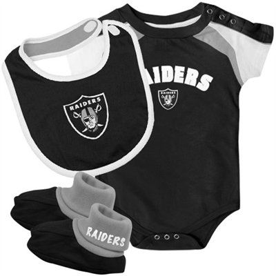 dda6d3fdb Oakland Raiders Newborn 3-Piece Creeper, Bib & Booties Set - Black ...