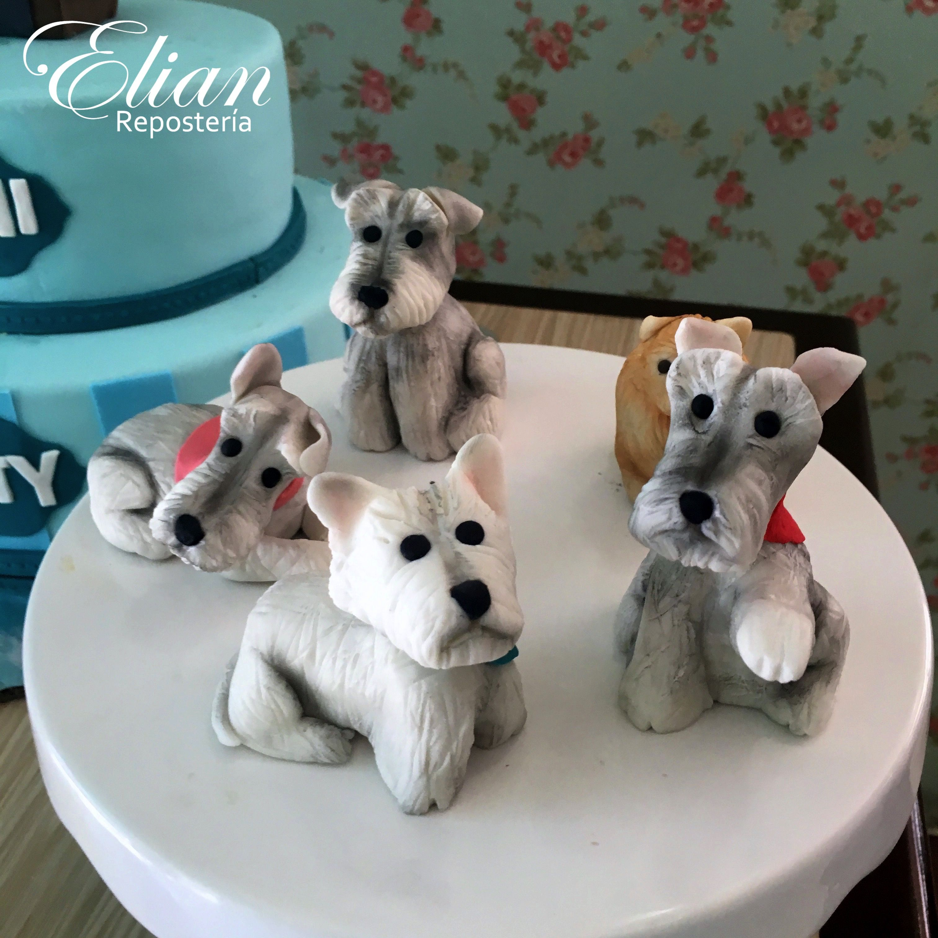 Perritos de chocolate · Mini chocolate dogs - Detalles de figuras ...