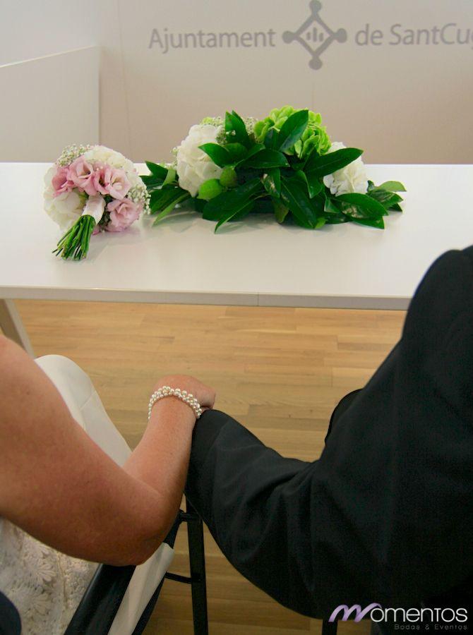 Momentos – Wedding Planner Barcelona – Organización de bodas Barcelona » La boda de Mese & Jean Paul - Ceremonia civil Ayuntamiento Sant Cugat del Vallès