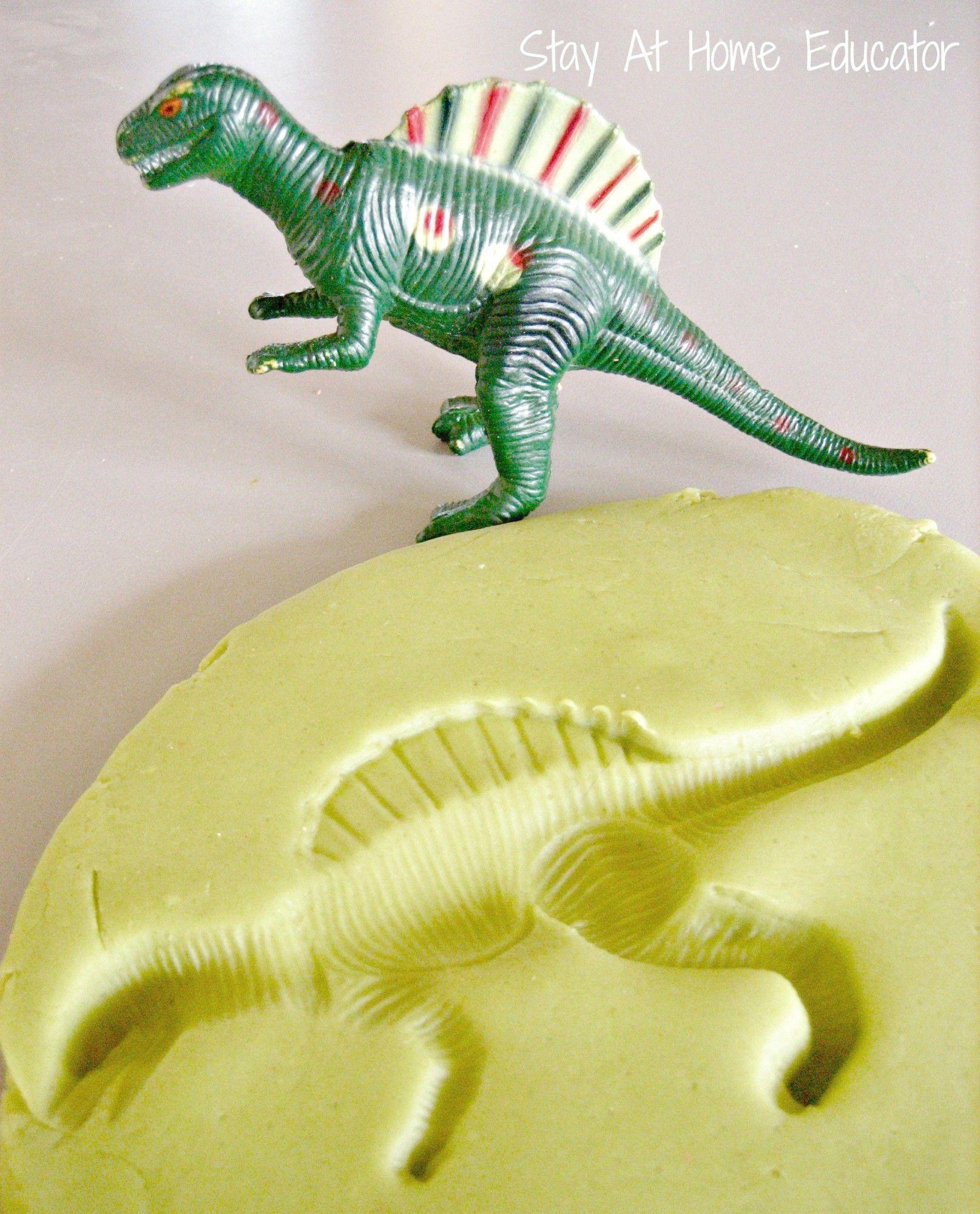Dinosaur fossils in play dough #dinosaurfossils