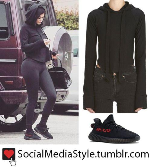 Sudadera de con capucha Yeezy negra negra de Kylie Jenner y zapatillas deportivas adidas Yeezy de color negro c319a5a - colja.host