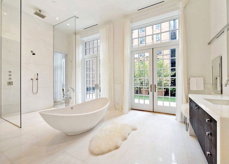 J.LOu0027S NYC PENTHOUSE: Ultra Modern Bathroom #design With Freestanding Bath  Tub