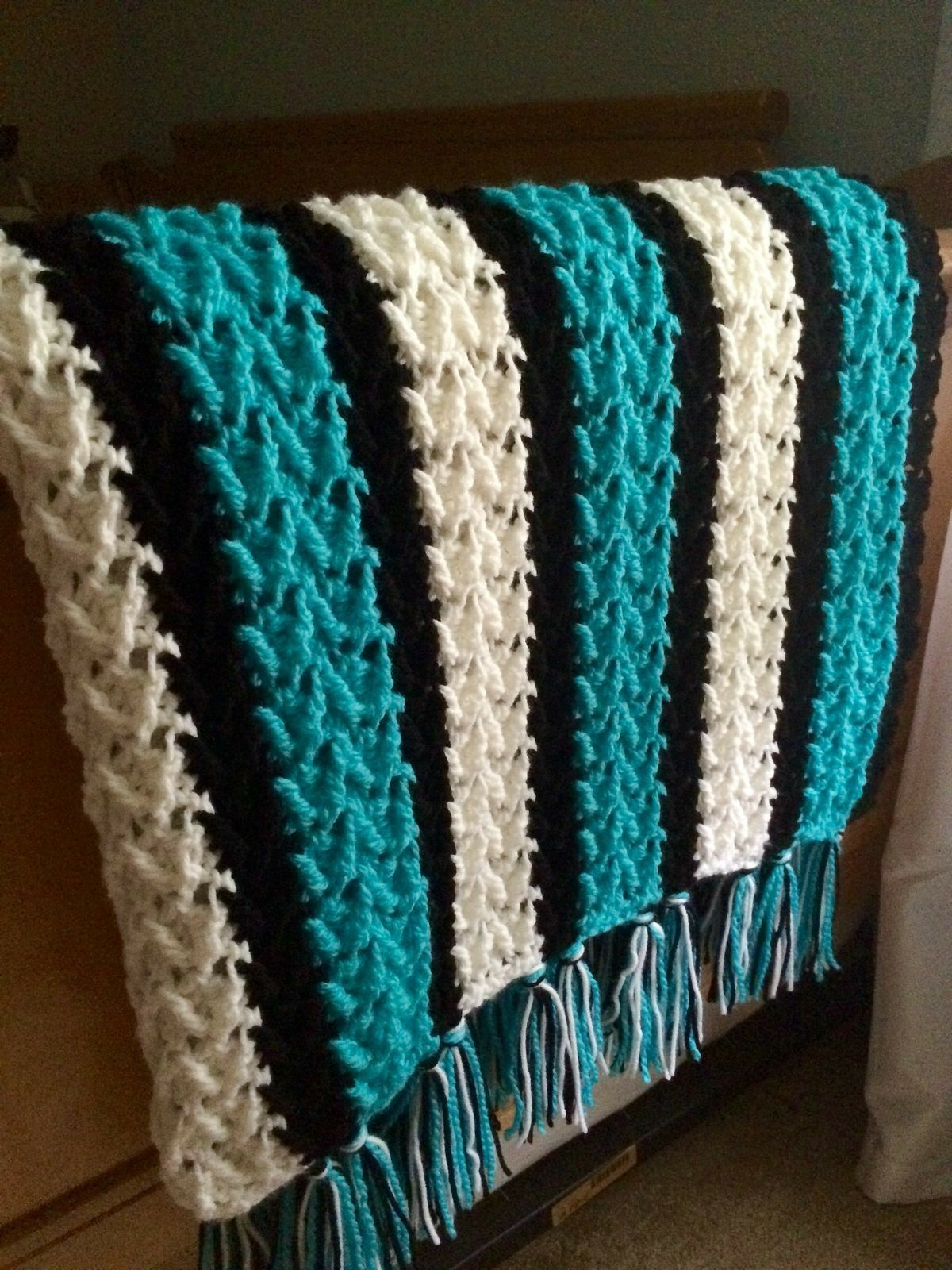 b56ed8b01817 Arrowhead Crochet Blanket Pattern with NC Panthers Colors for Ethan ...