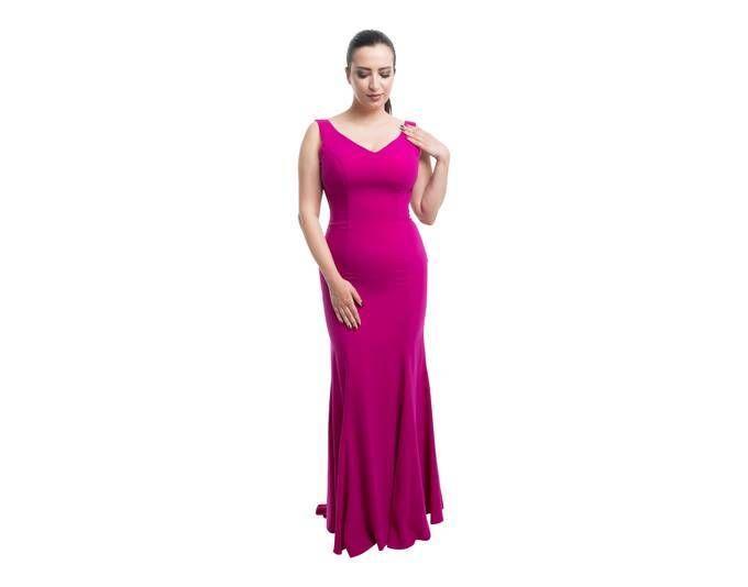 Klassisches Abendkleid in schlichter Eleganz Jetzt bestellen unter ...