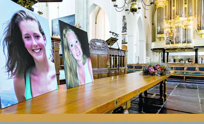 Cientos de personas asistieron ayer, viernes, a la ciudad holandesa de Amersfoort a un servicio en recordación de las estudiantes Kris Kremers y Lisanne Froon, quienes fallecieron tras desaparecer en Boquete, Panamá.