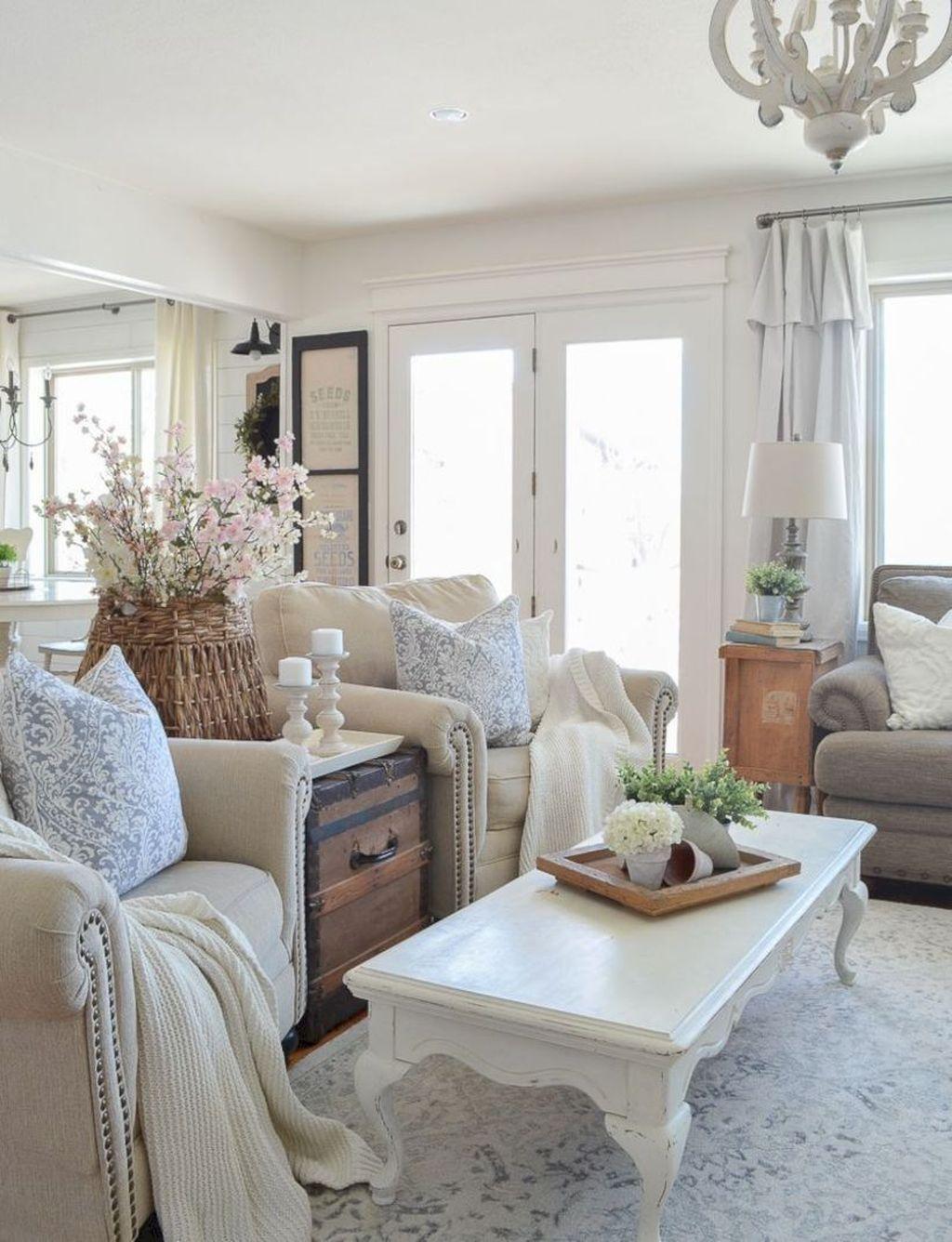 Cool 20+ Fabulous Shabby Chic Farmhouse Living Room Decor ...