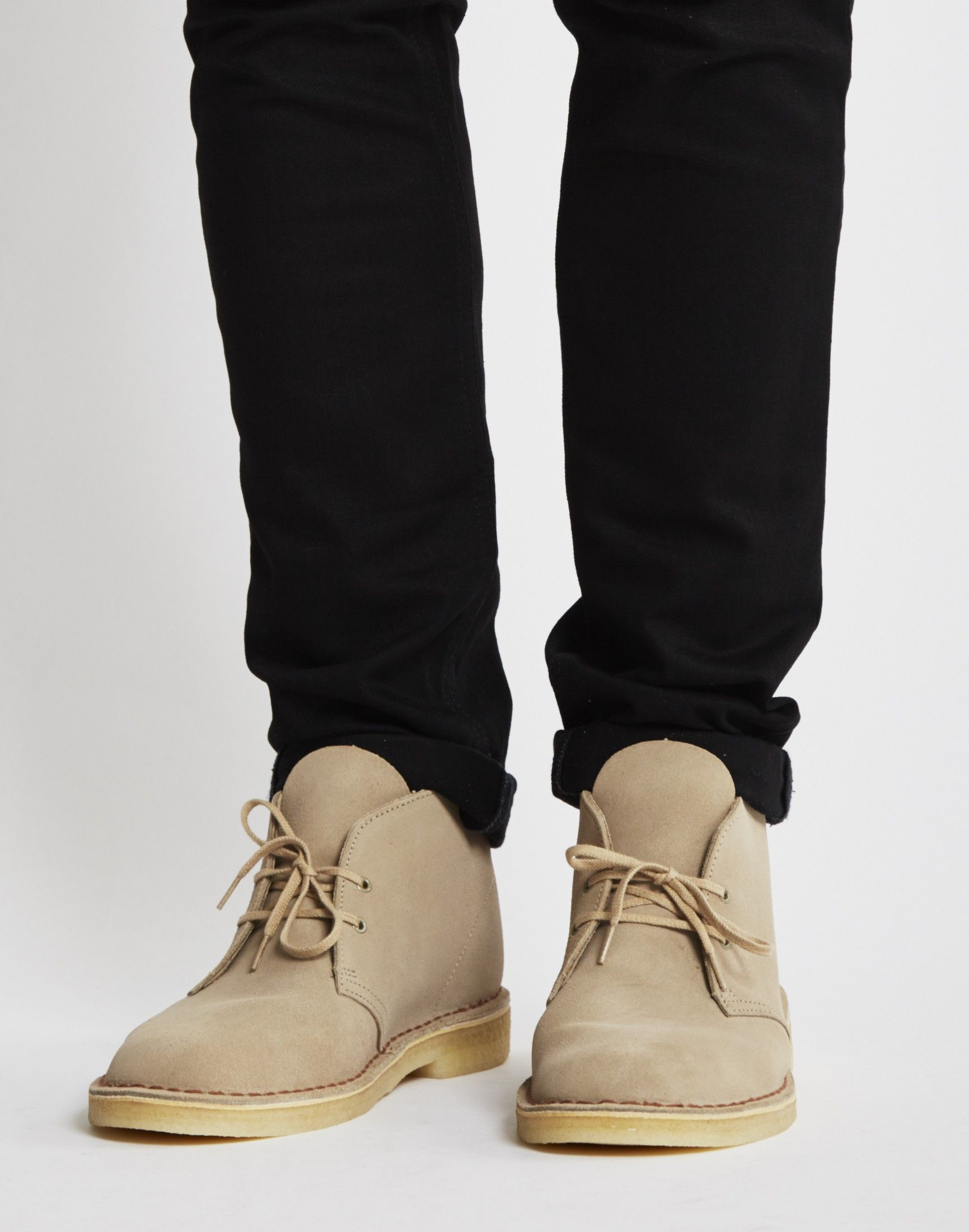 25927fc5 Clarks Originals Desert Boot Sand | Outfits in 2019 | Clarks ...