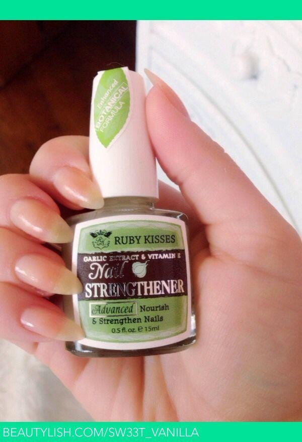 Make Nails Stronger And Grow Faster By Rubbing Garlic Or Garlic Nail ...