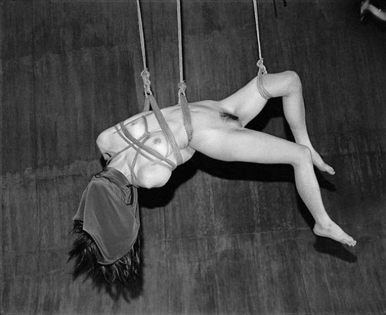 Nobuyoshi Araki - Sin Título (de: Ser, la Vida, la Muerte), Fotografía