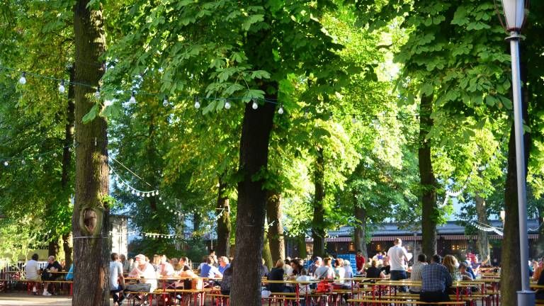 Der Prater Restaurant Und Biergarten Biergarten Bier Bilder