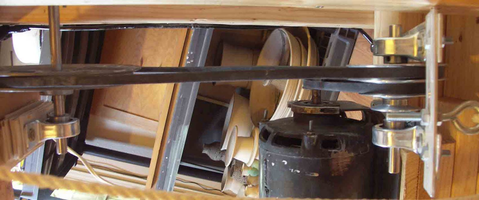 Here is a potters wheel plan that uses an ac electric