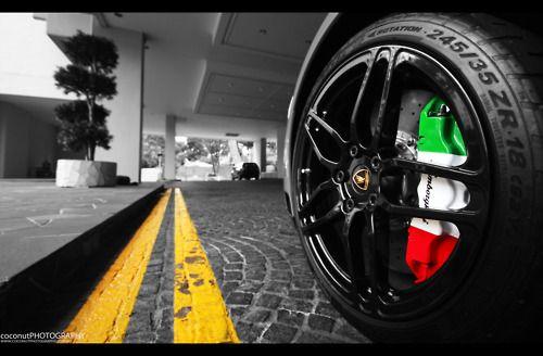 Cool Exotic Cars Wallpapers Lamborghini Murcielago Sv Italian Flag Brake Caliper