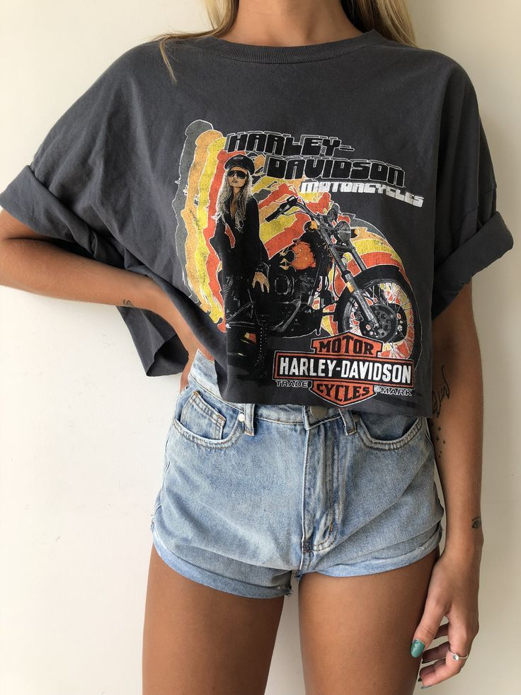 Harley Davidson tee #outfitswithshorts