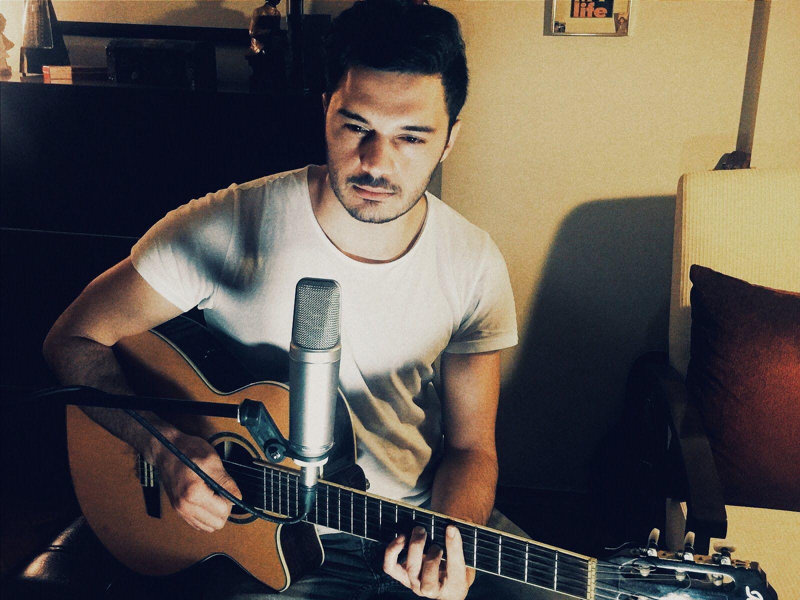 Ilyas Yalcintas Icimdeki Duman Pop Muzik Youtube Muzik