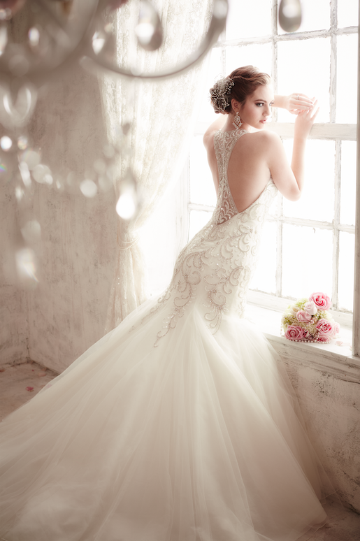 Enter For A Chance To Win Your Dream Wedding Gown From Housewufashion Weddingwire