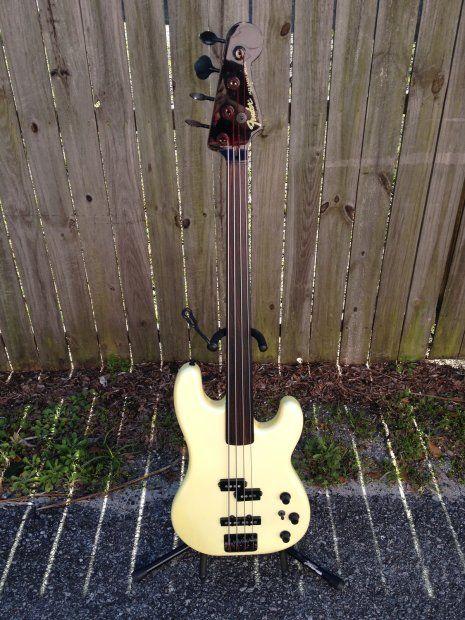 Pin On Fender Bass
