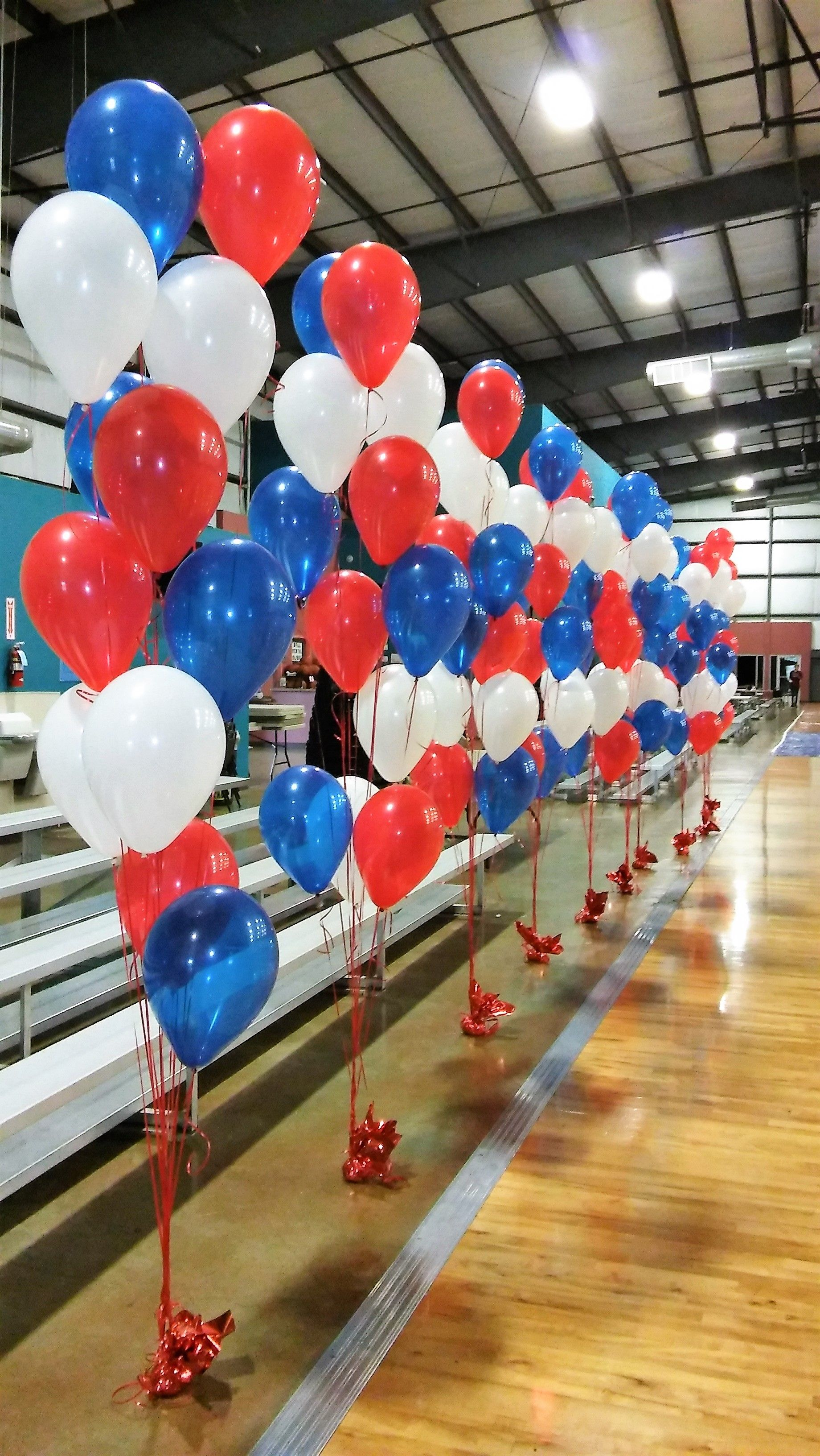 12 Balloon Floor Arrangements For Gymnastic Event Color Scheme