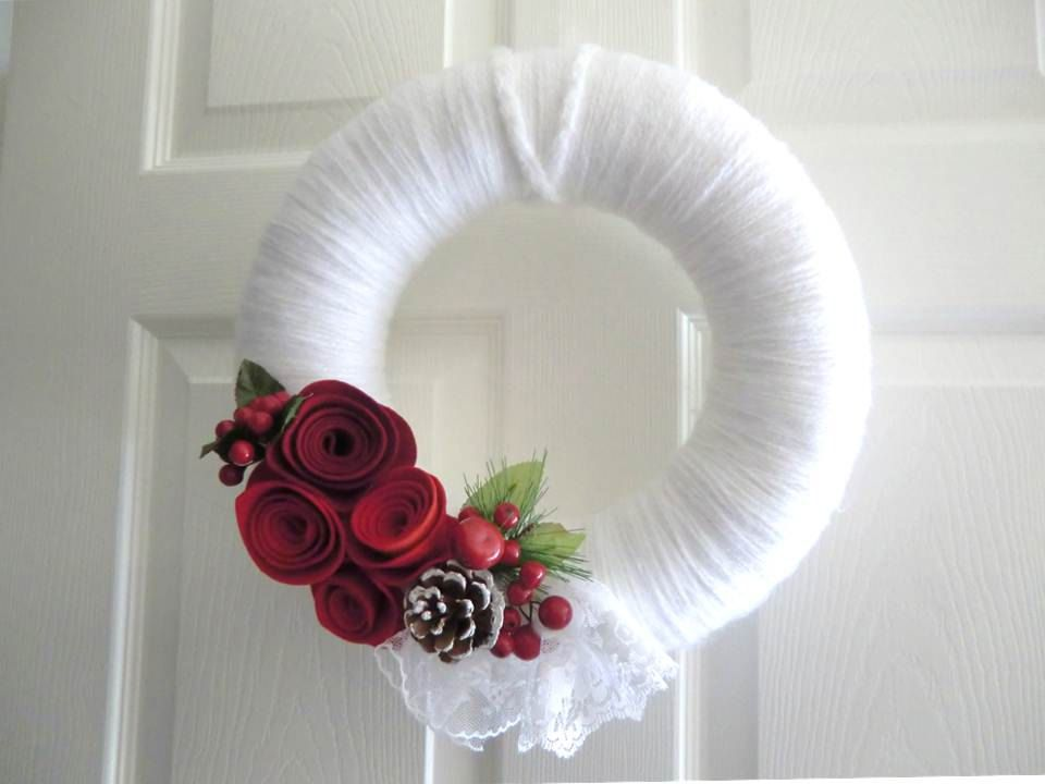 Christmas Red and White Yarn Wreath w/ Felt Roses & White Lace Victorian Door Hanging