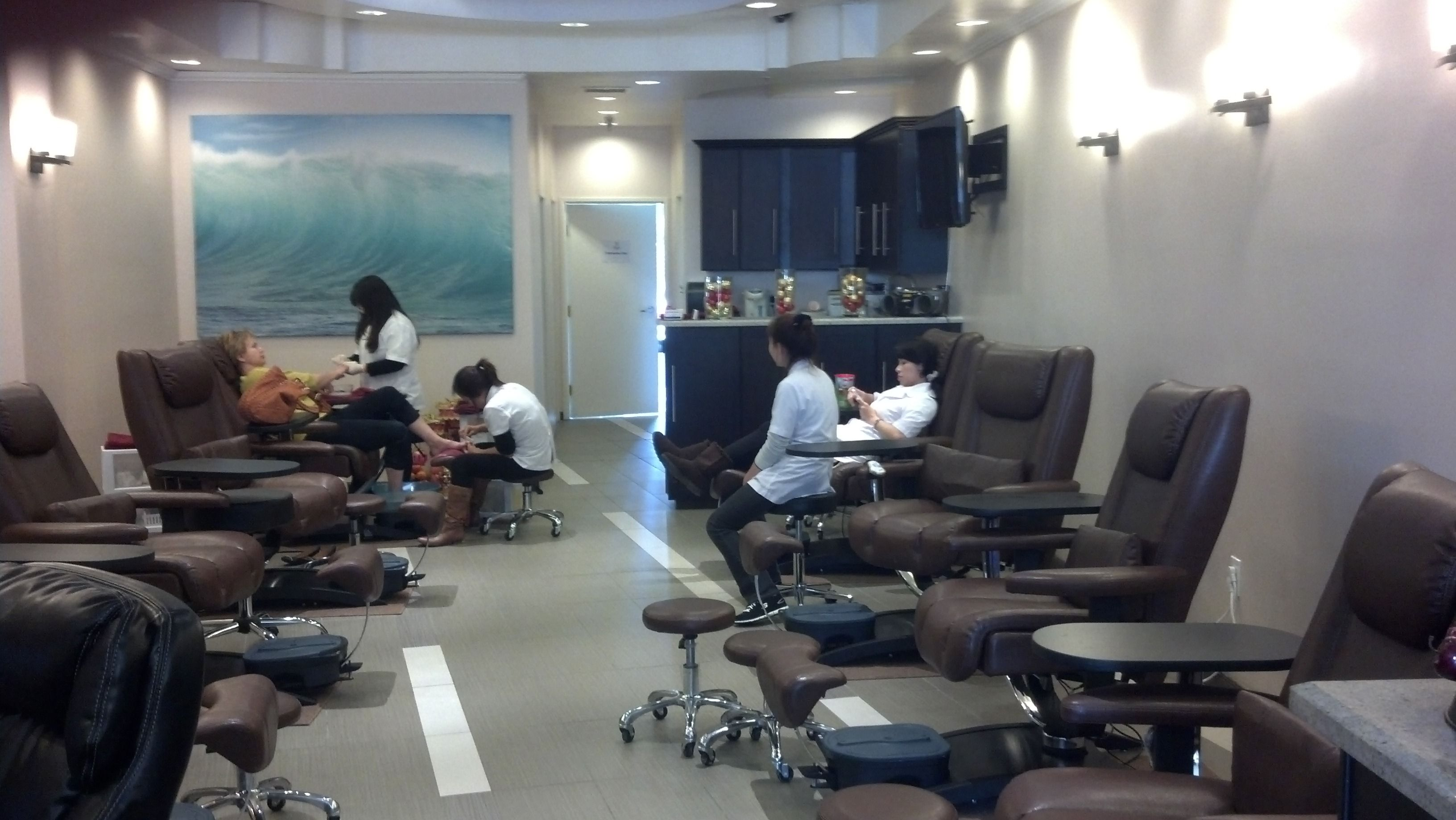 Belava S No Plumbing Embrace Pedicure Chairs Pedicure Chairs For Sale Salon Chairs For Sale Game Room Chairs