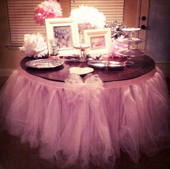 The 25 best tulle table skirt ideas on pinterest tulle for Baby shower tulle decoration ideas