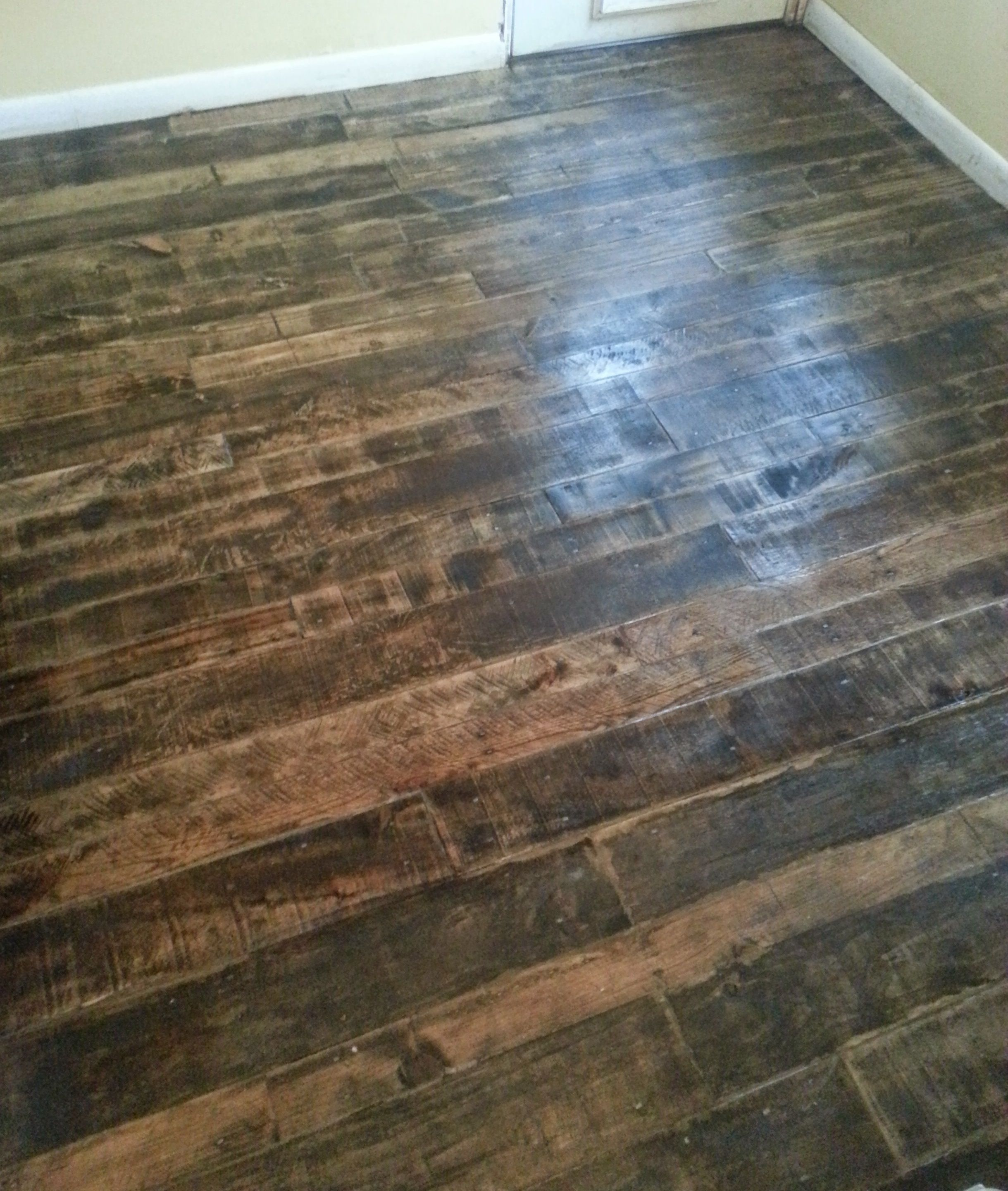 Superior Pallet Wood Floor By Barnwood And Bangles   Go To Our Blog To See How We