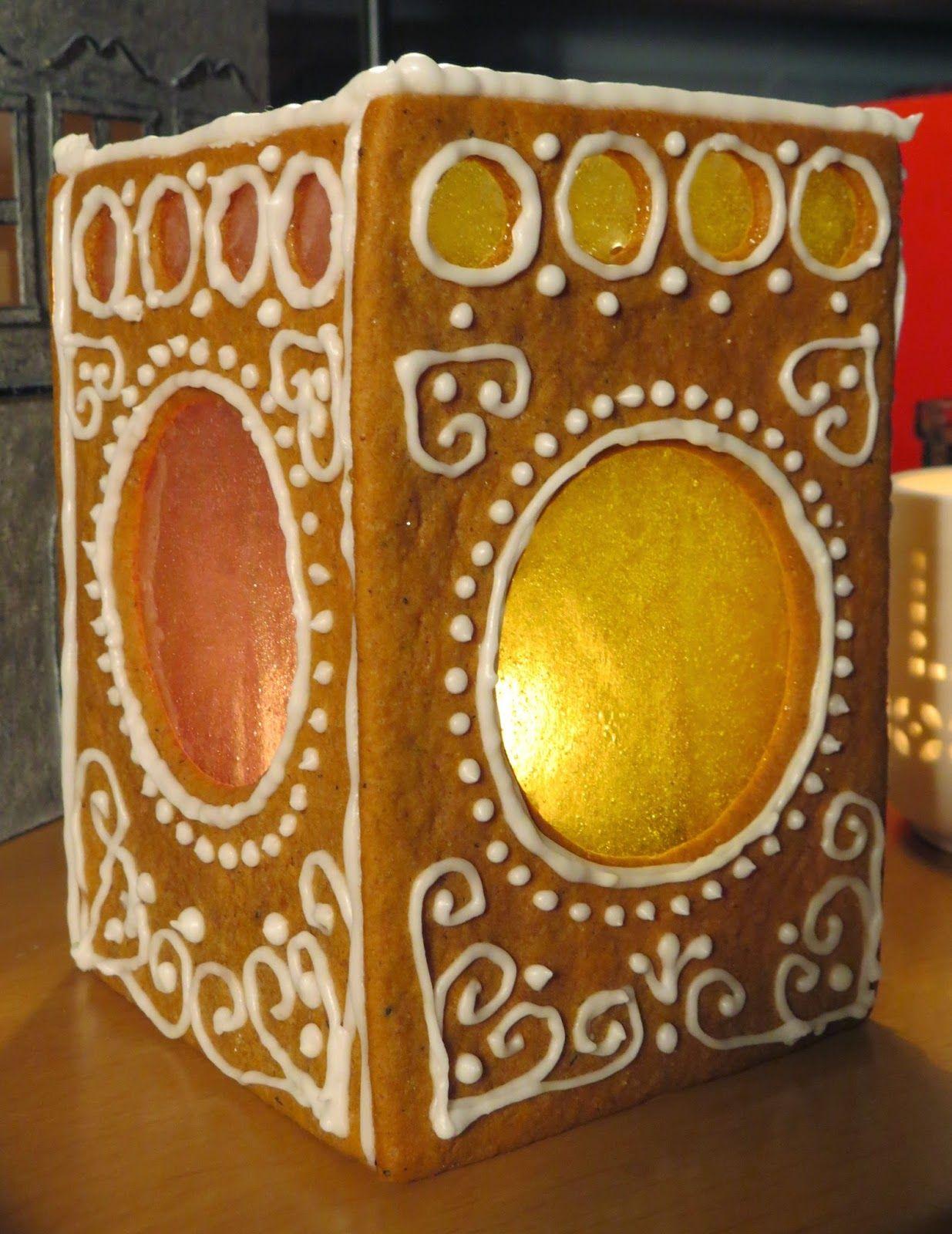 Lauran verstas: Piparkakkulyhty - Gingerbread Lantern