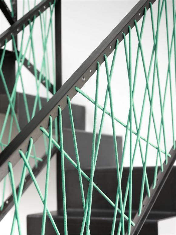 Securiser Un Escalier Avec De La Corde De Couleur Ou Comment