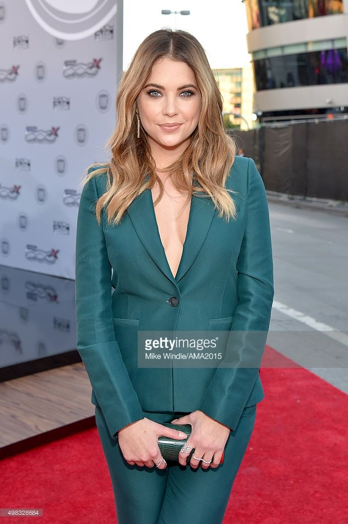 Actress Ashley Benson attends the 2015 American Music Awards at Microsoft Theater on November 22, 2015 in Los Angeles, California.  (Photo by Mike Windle/AMA2015/Getty Images for dcp)