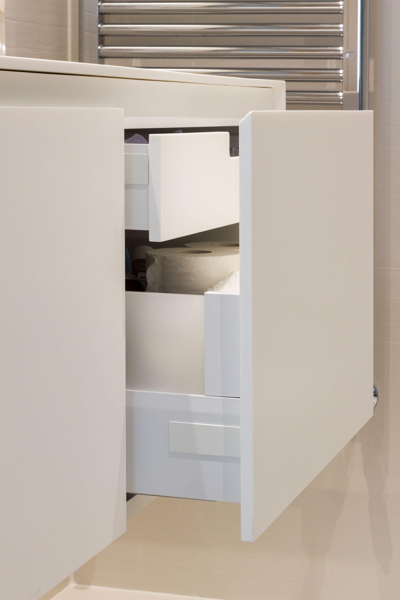 Encoba21 ba o blanco con mueble y encimera realizada en for Mueble bano blanco