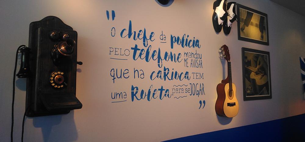 Camarote da Boa - primeiro samba oficial: Telefone