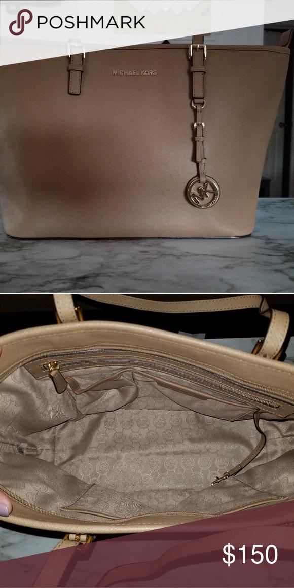 4d7dfac8723 MK Shoulder Bag Beige MK Shoulder bag. matching wallet available and dust  bag! Michael Kors Bags Shoulder Bags  WomensShoulderbags