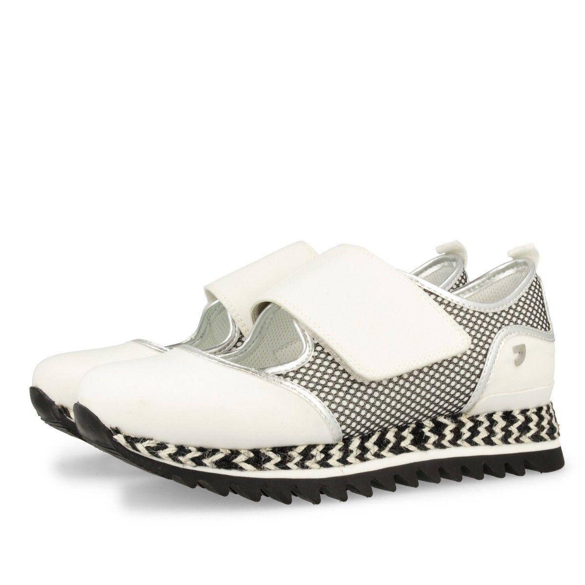 Sneakers de mujer en blanco VENOM | Kick-Ass Footwear | Pinterest ...