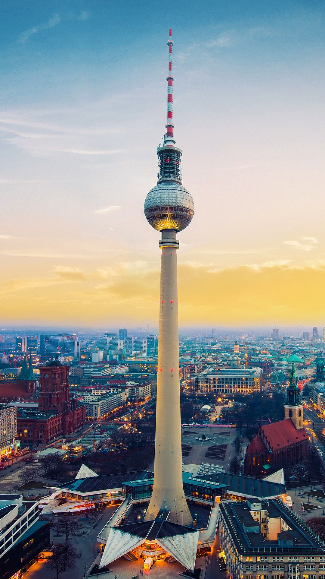 Places Fernsehturm Berlin Tv Tower Germany Wallpapers Fernsehturm Fernsehturm Berlin Europe Destinations