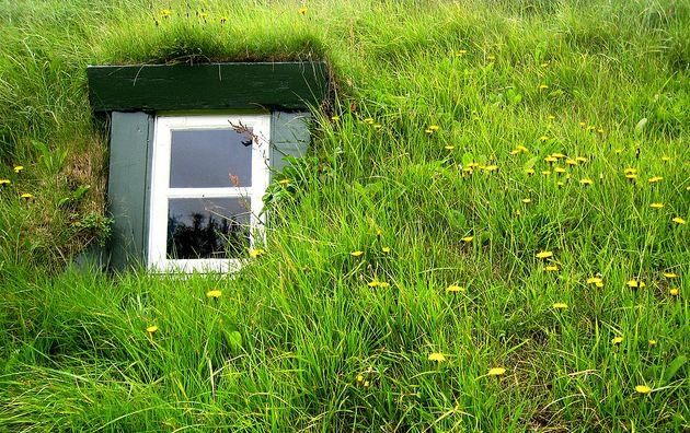 7 Sustainable Homes With Style Sustainable Home Earth Sheltered
