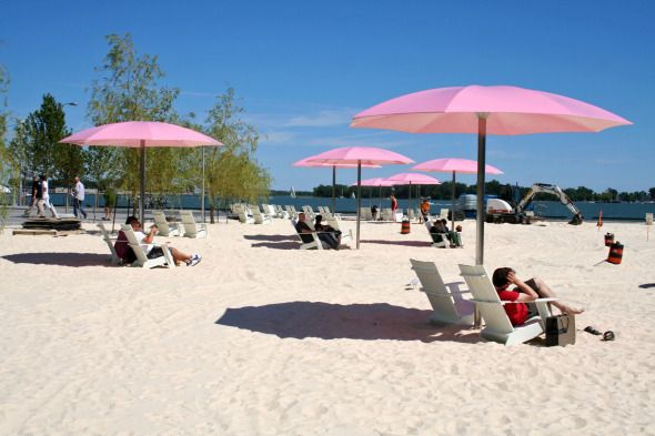 Sugar Beach Toronto A Sandy On The Water In Heart Of City Great Getaway