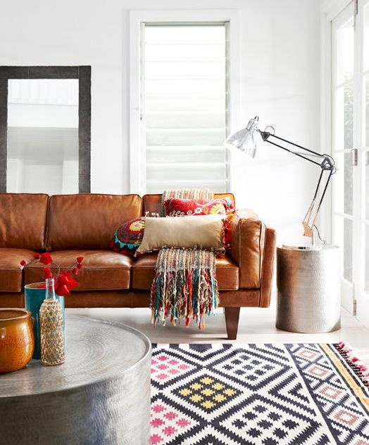 Outstanding Colorful Accents In The Rug Pillows And Accessories Dailytribune Chair Design For Home Dailytribuneorg