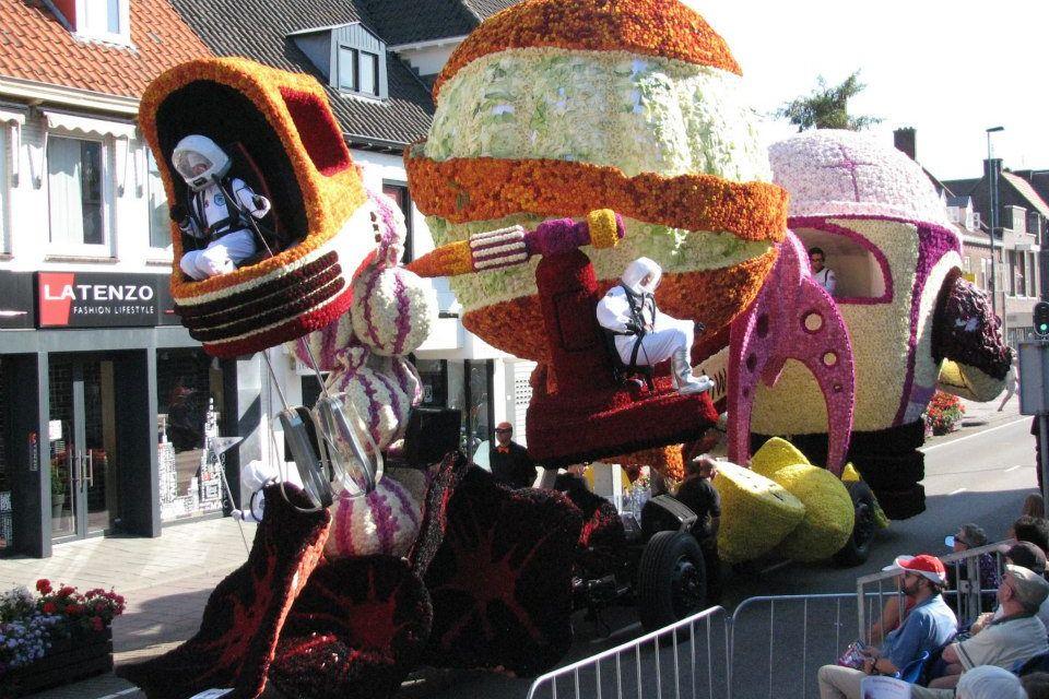 Bloemencorso Valkenswaard Flowerparade  Reisvenne Oranje