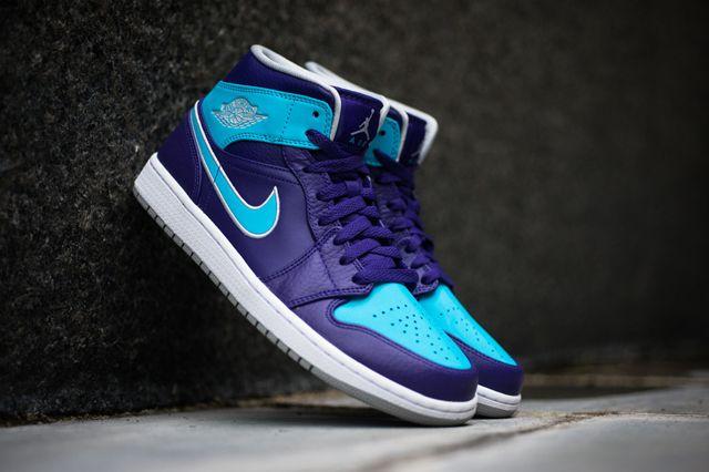 Air Jordan 1 Mid – Court Purple / Gamma