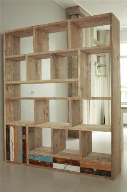 kasten basic en stoer meubelmakerij van oud hout woonkamer