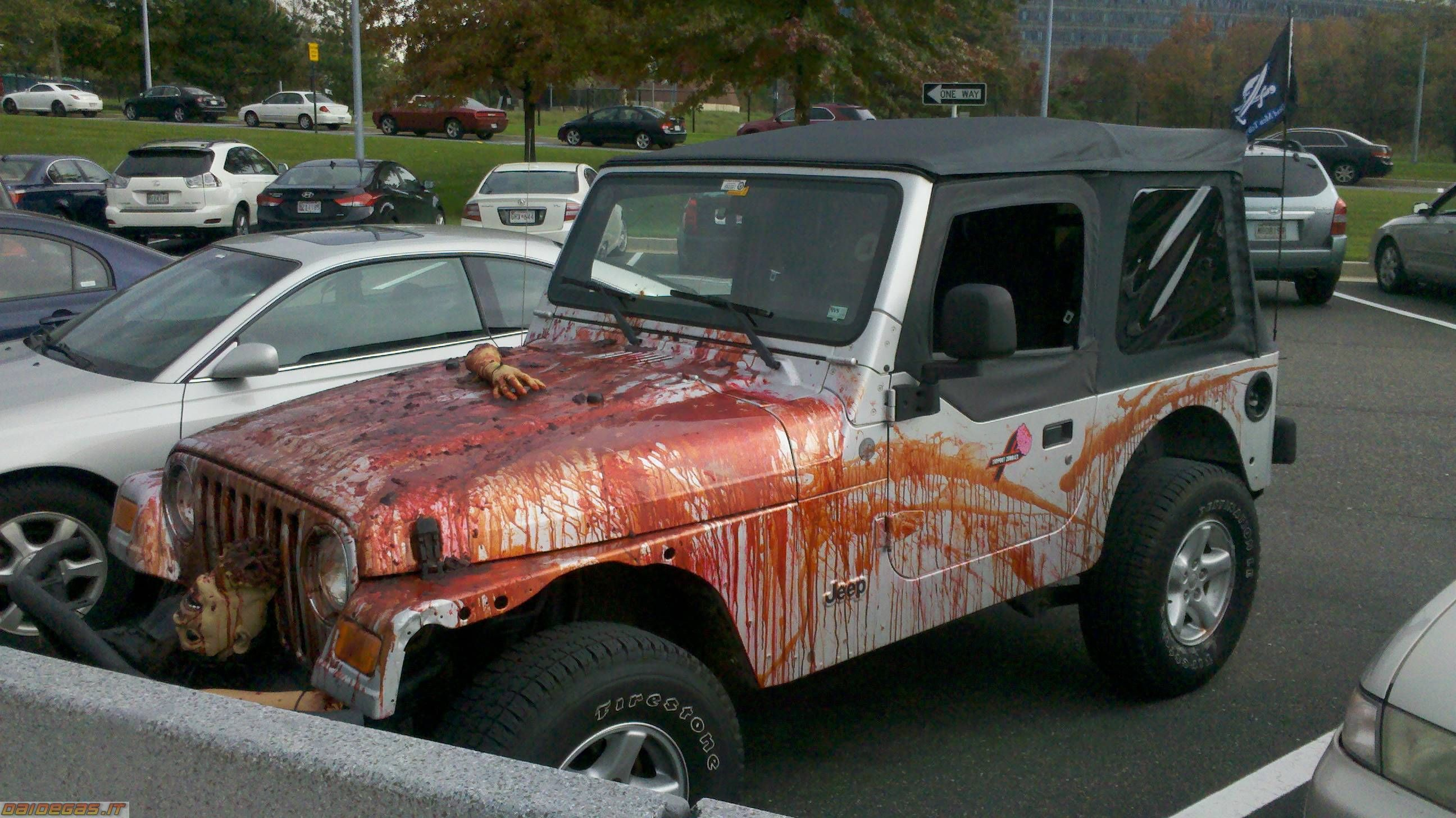 Halloween Vehicle Of The Year Jeeps Jeep Cars Wrangler Expo Could You Imagine Seeing This Horror Show Going Down Road Lol