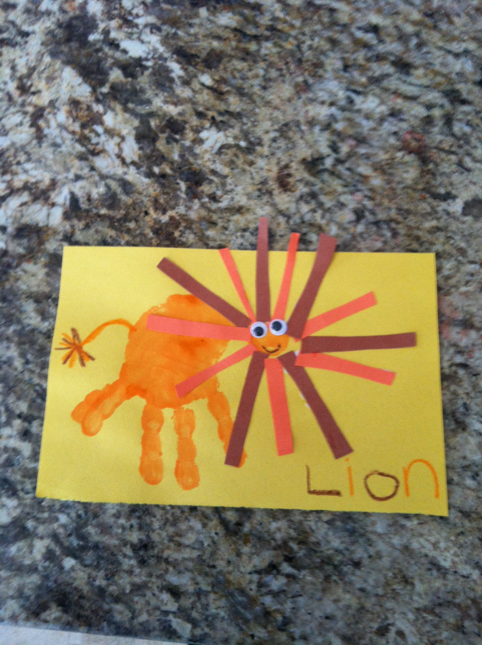 L Is For Lion Craft Alphabet Craft Letter L I D Make The Head Look More Like A Lion S Mane