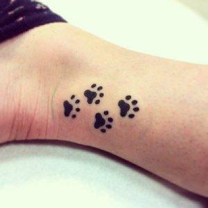 18 Tatuajes de patitas de gato