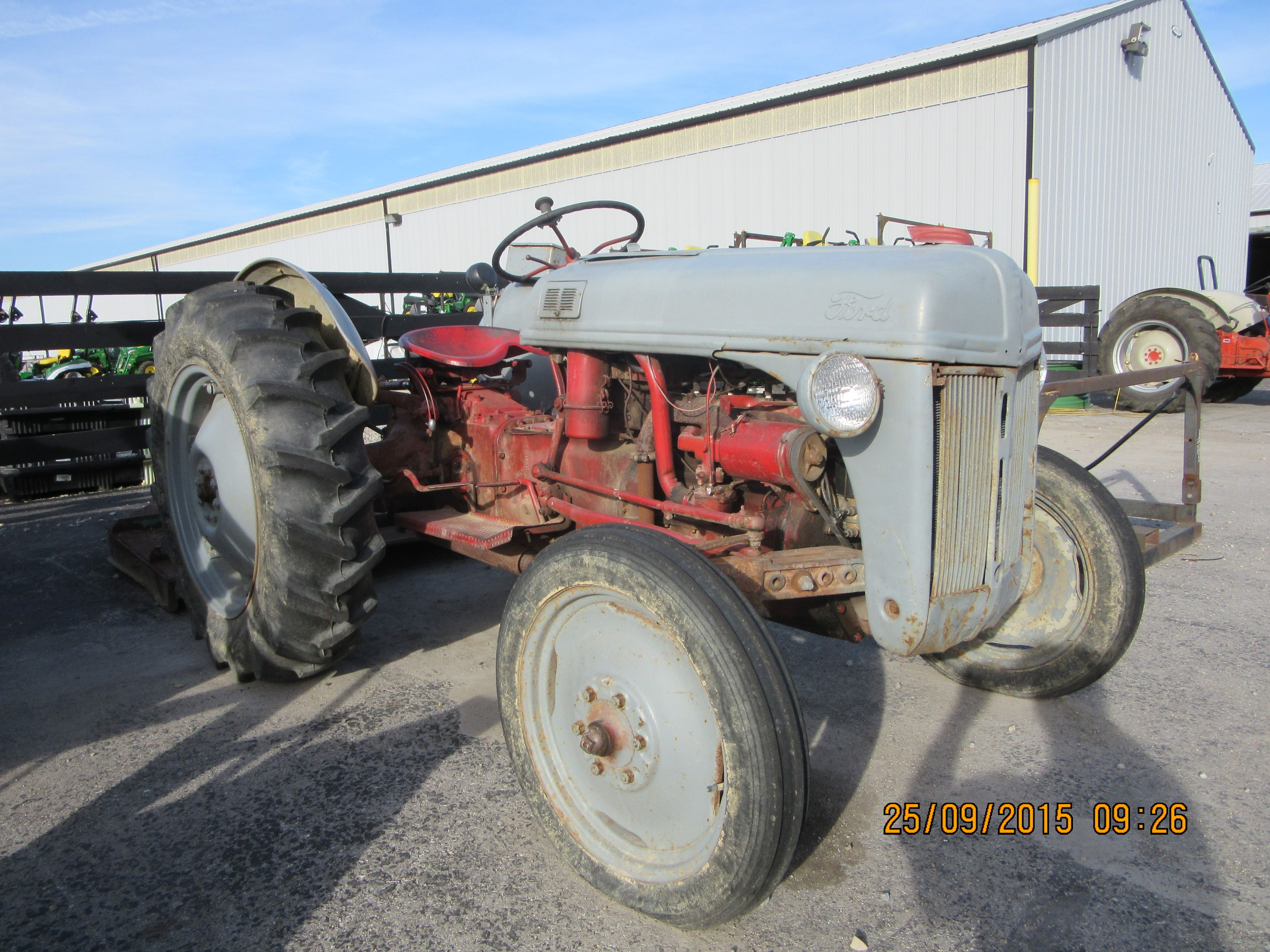 Ford Red Gray N Series Tractor 1948 Ford 8n Tractors Ford