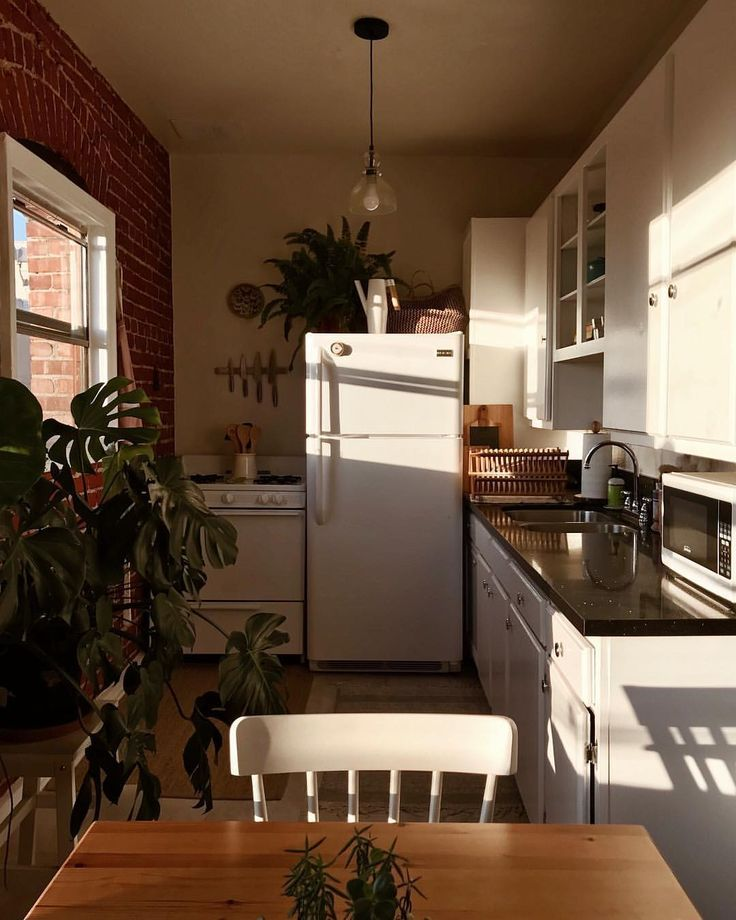 Kitchen Decor For Apartments: Golden Hour In A Small Galley Kitchen