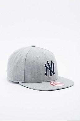 New Era 9Fifty NY Yankees Snapback Cap in Grey  53e0b773216