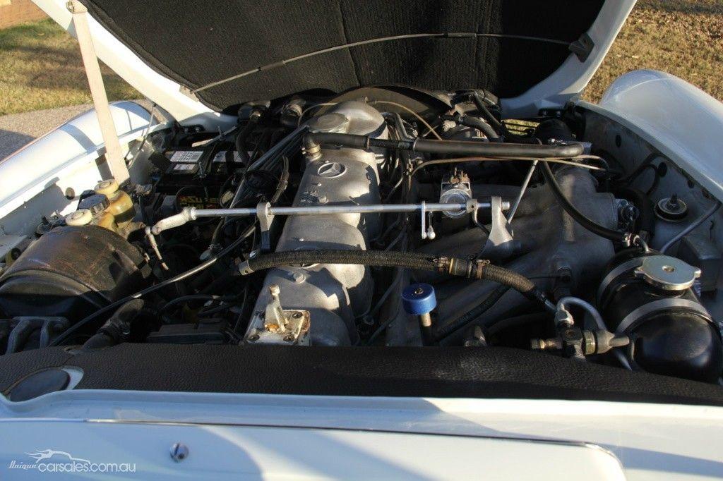 1969 MERCEDES 280SL R113 SPORTS, 2.8l straight 6 | Unique Engine ...