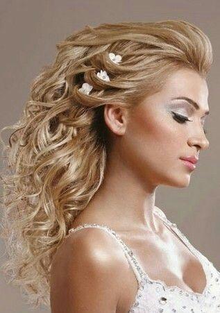 Pin By Melissa Tortora On Wedding Hair Formal Hairstyles For Long Hair Best Wedding Hairstyles Wedding Hair Head Piece